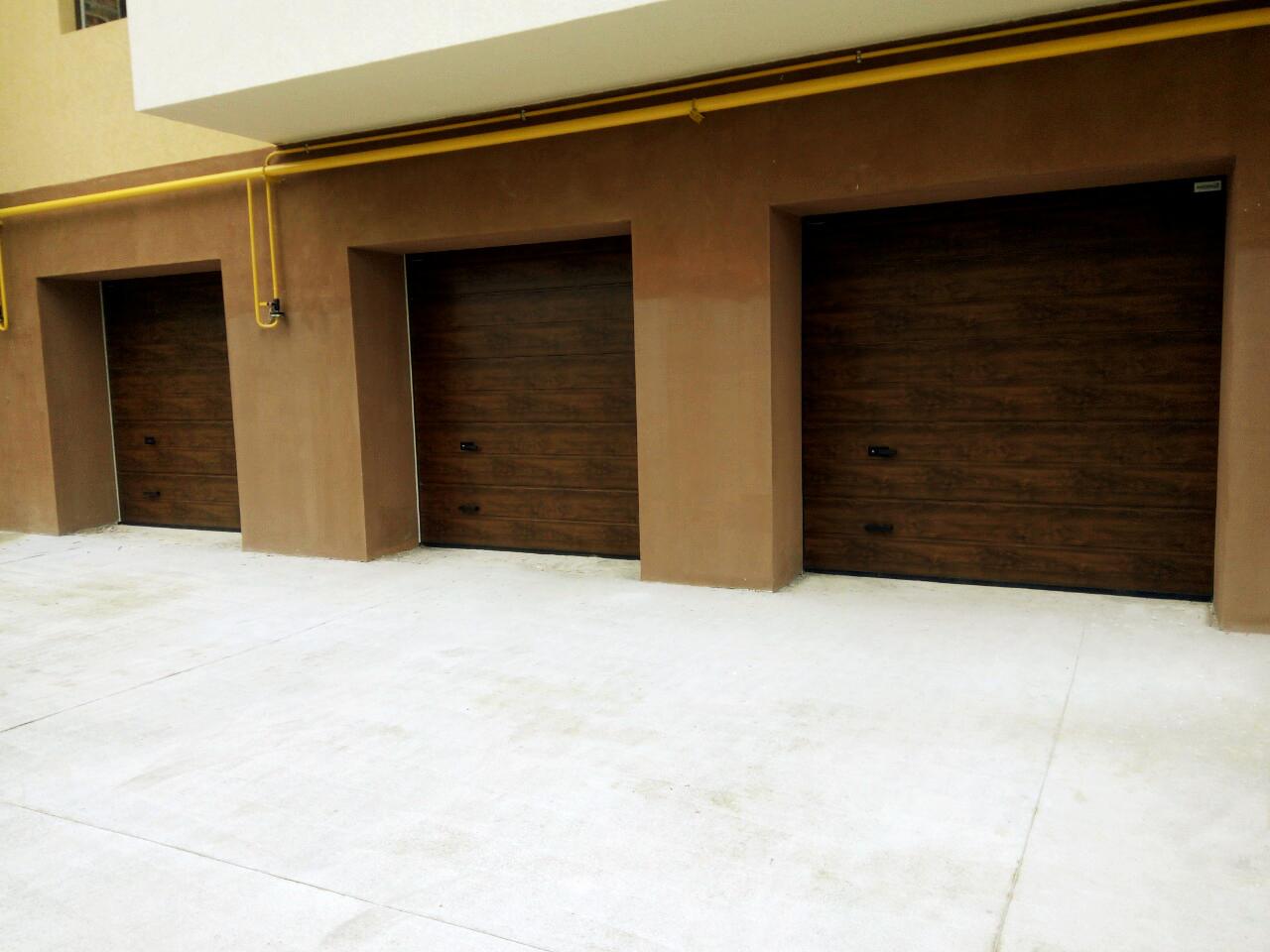 Бесплатный монтаж гаражных ворота Alutech