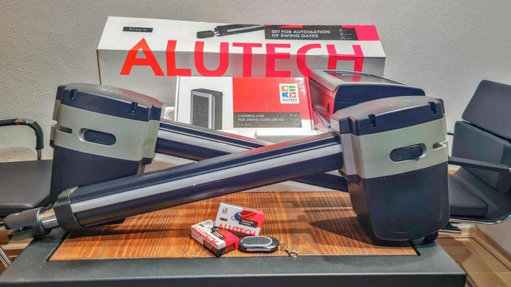 Мотори для розпашних воріт Alutech Scorpio можуть працювати зі стулками вагою до 350 кг і шириною до 3 м